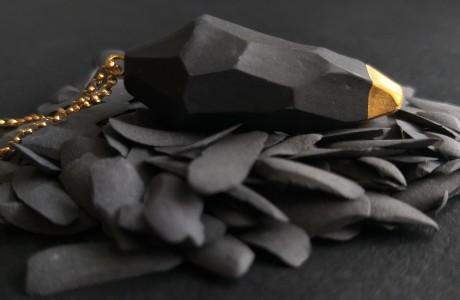 מטוטלת שחור מט וזהב