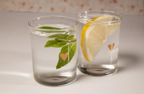כוסות זכוכית דקות