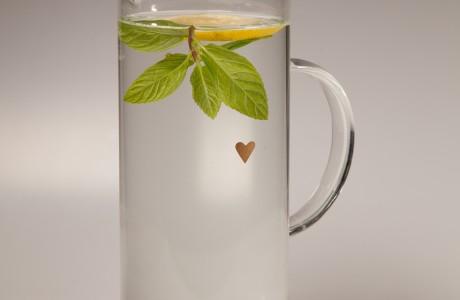 קנקן תה לשתיה קרה וחמה